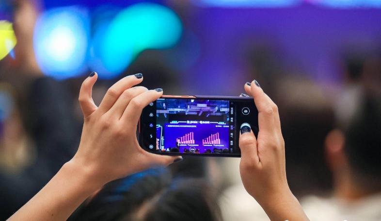 中国新媒体发展十大趋势:直播、短视频处于黄金发展赛道